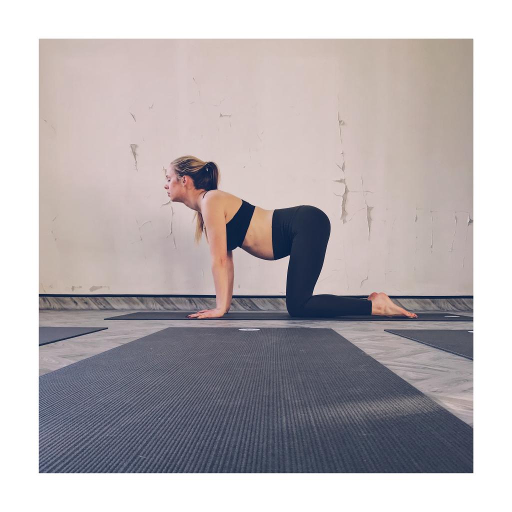 pregnancy yoga cow pose